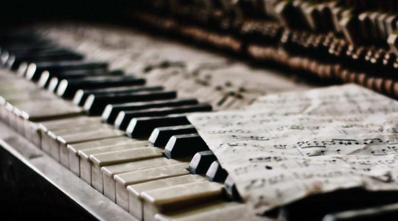 Partition sur piano